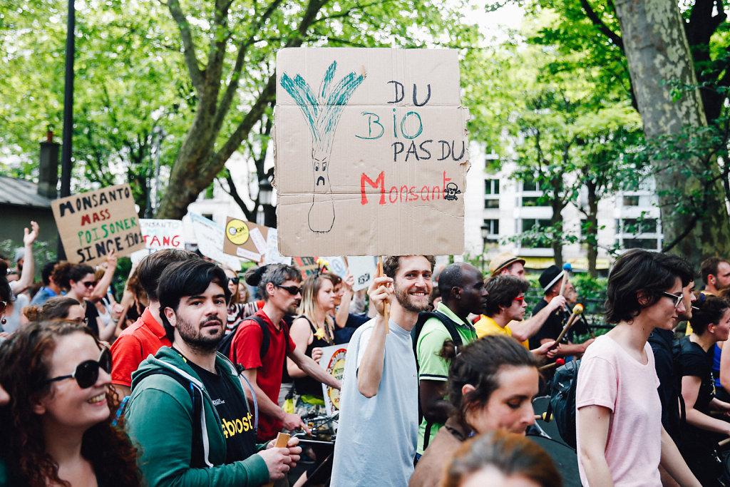 Demonstration against pesticides - Paris March 2016